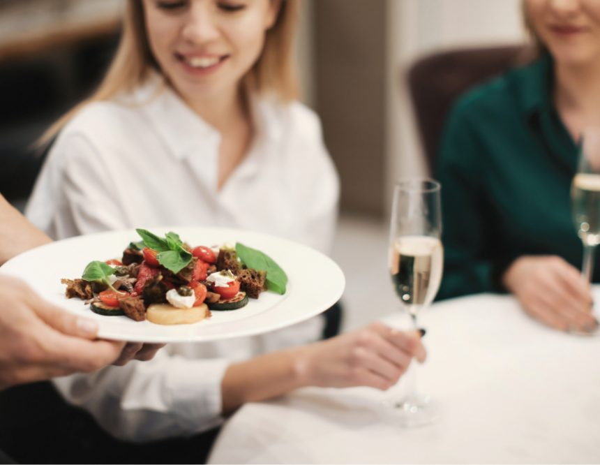 5 Ways to Deliver Excellent Customer Service at Your Restaurant